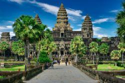 מקדשי אנגקור ושואת קמבודיה