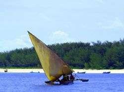 איי לאמו - שיט מול חופי קניה