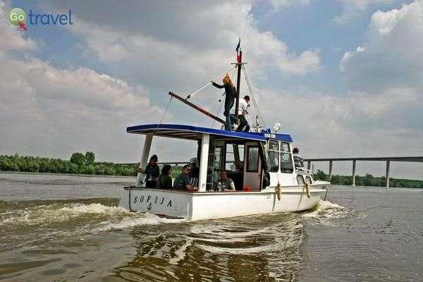 הפלגה לאורך הדנובה (צילום: National Tourism Organisation of Serbia)