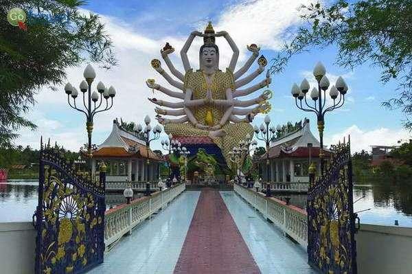 הבודהה בעל 18 הידיים  (צילום: FLASHPACKER TRAVELGUIDE)