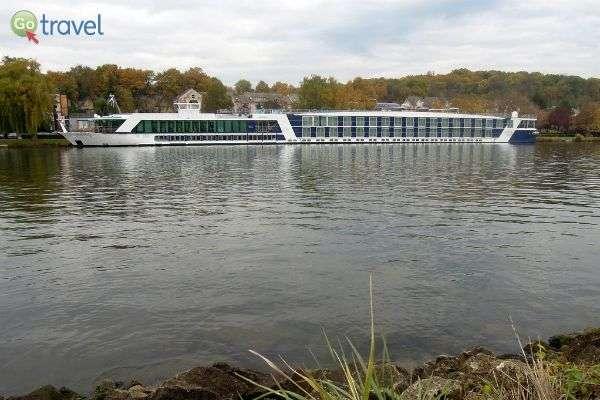 ספינת הנהר - מרווחת, נעימה ומונגשת (צילום: Rick)