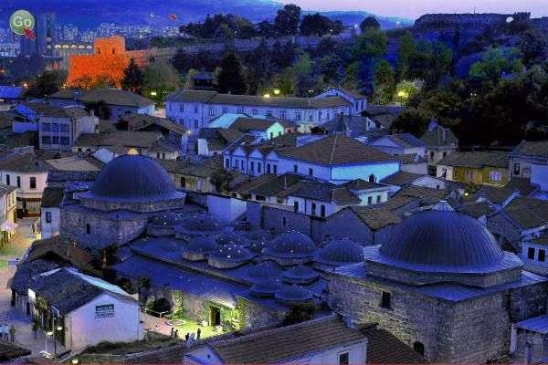 הרובע האלבני העתיק - בזאר (צילום: Nace Popov)