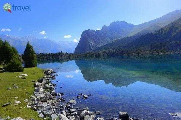 טרק בהרי פמיר, טג'יקיסטן  (צילום: מידן וישינסקי)