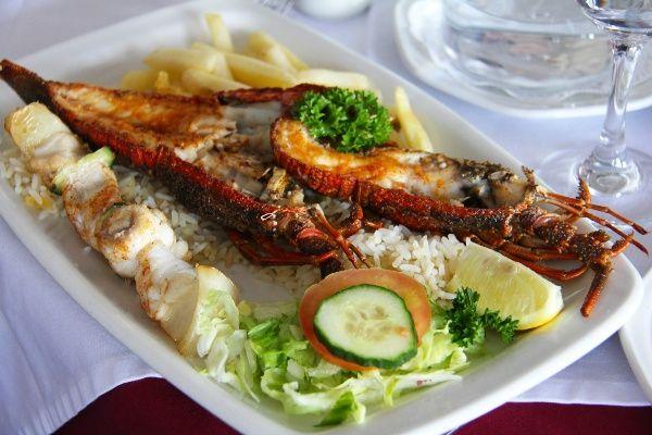 מלבד הבשר, דרום אפריקה ידועה גם באיכות הדגים ופירות הים (צילום: Sharon Ang)