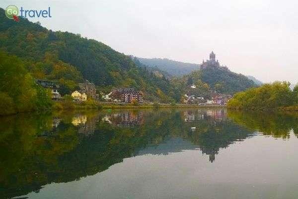 נהר מוזל הרגוע מספק נופים מרהיבים (צילום: Wolfgang Manousek)