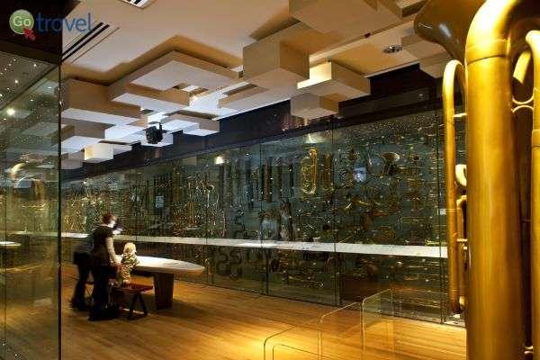 תערוכה אדירה של כלי נשיפה (צילום באדיבות מוזיאון הורנימן)