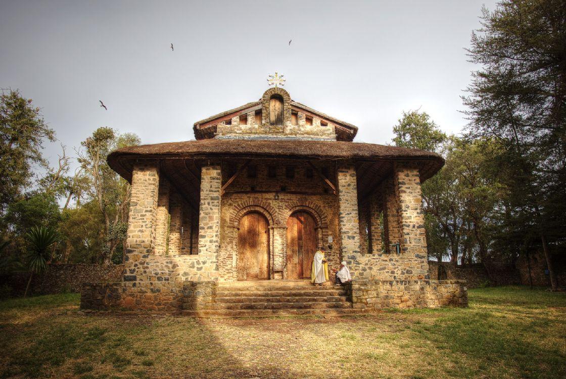כנסיית דברה בירהאן סלאסי בעיר גונדר (צילום: Matthew and Heather)