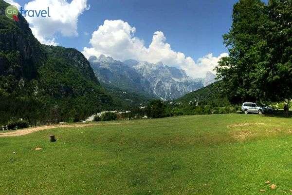 מרחביה הירוקים של אלבניה (צילום: עידית אופיר)