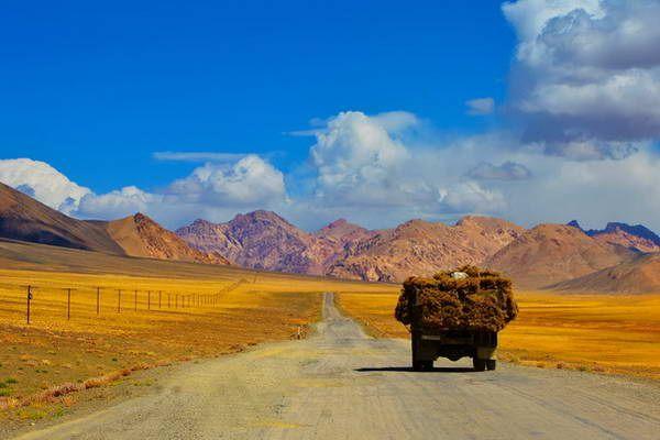ארוכה הדרך... על דרך המשי  (צילום: lensnmatter)