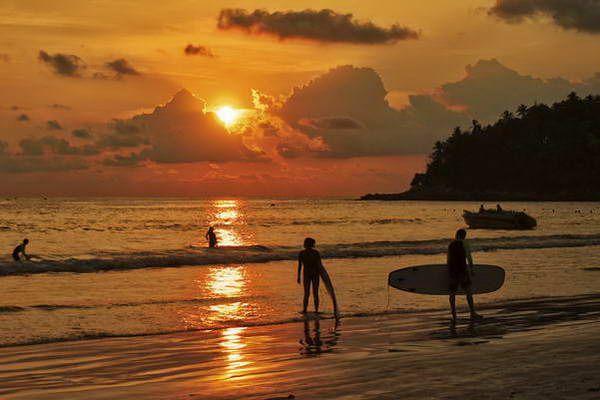 שקיעה על חוף קאטה  (צילום: Neil Howard)