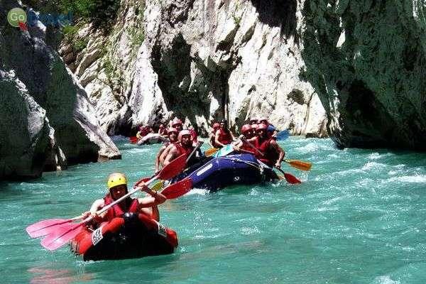 רפטינג על נהר אראחטוס  (Alpine Zone)