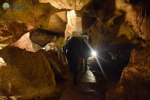 מתחת פני האדמה במערת יאסובסקה  (צילום: כרמית וייס)