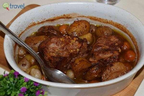 הרבה בשר חזיר ובקר  (צילום: כרמית וייס)