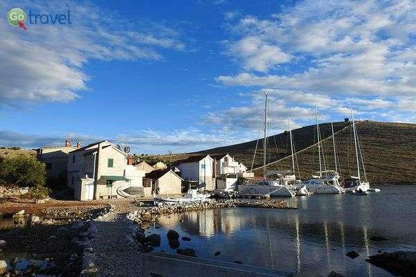 באי קורנט ניתן למצוא מסלול הליכה קצר ושלוש מסעדות מקסימות (צילום: אמיר גור)