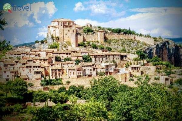 העיירה אלקזאר, על דרך היין של סומונטנו (צילום: ירדן גור)