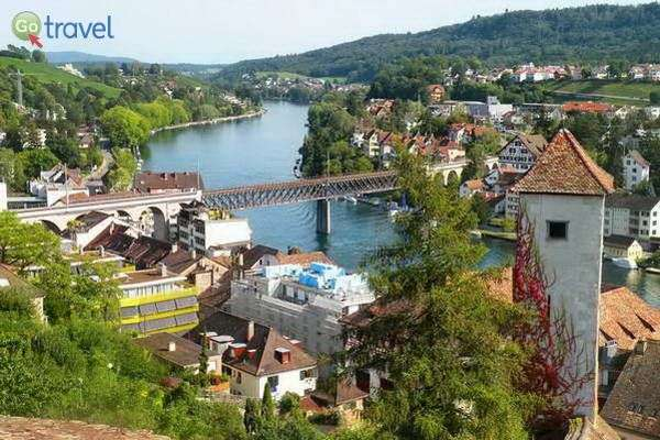 נהר הריין העיר שאפהאוזן בשוויץ (צילום: כרמית וייס)