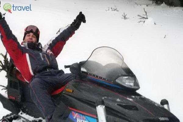 הרגע בו מבינים את יכולות אופנוע השלג  (צילום: גלעד תלם)