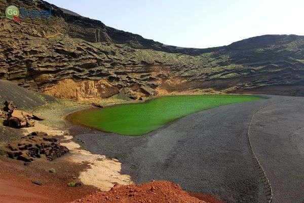 נופי האי לנזרוטה (צילום: נעם סלע)
