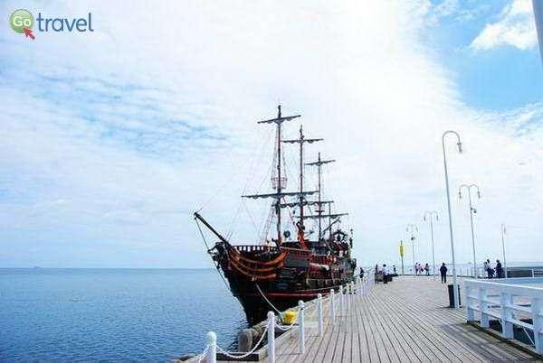 ספינת הפירטים המפליגה בין גדנסק לסופוט  (צילום: כרמית וייס)