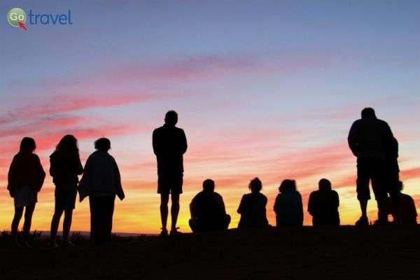 זריחה על המדבר (צילום: קובי יפרח)