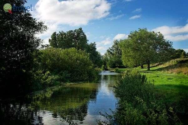 נהר קאם, החולף בקיימבקידג' ובסביבתה (צילום: Alex Brown)