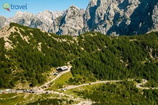 מעבר ההרים ורשיץ' בדרך לבובץ (צילום: לשכת התיירות הסלובנית)