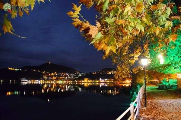 אורות העיר לעת ערב   (צילום: כרמית וייס)