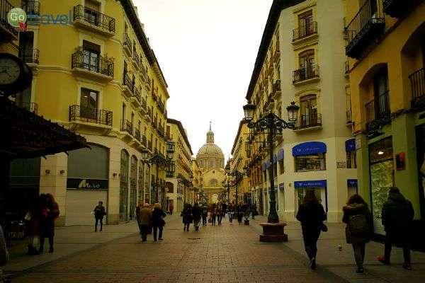 ברחובות מרכז העיר (צילום: ירדן גור)