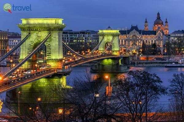 גשר השלשלאות  (צילום: Jorge Franganillo)