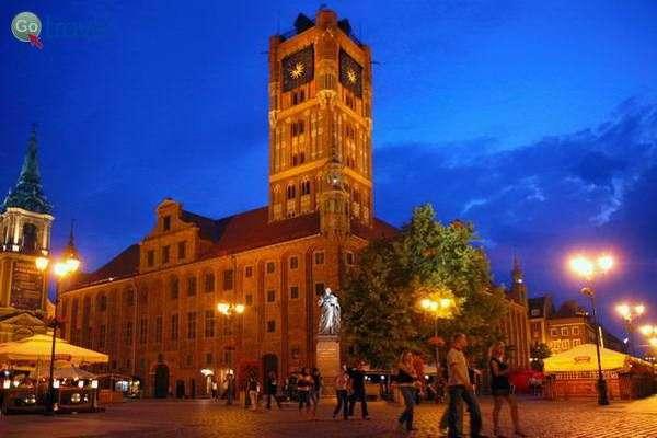כיכר בית העירייה של טורון  (צילום: Visit Torun)