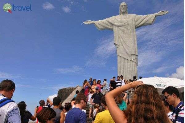 הפסל זוכה ליותר מבקרים מכל אתר אחר באזור (צילום: Alexandre Maciera / Riotur)