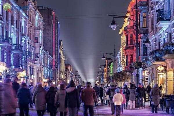 פסטיבל האורות צובע את לודג'  (צילום: Adrian Gorski)