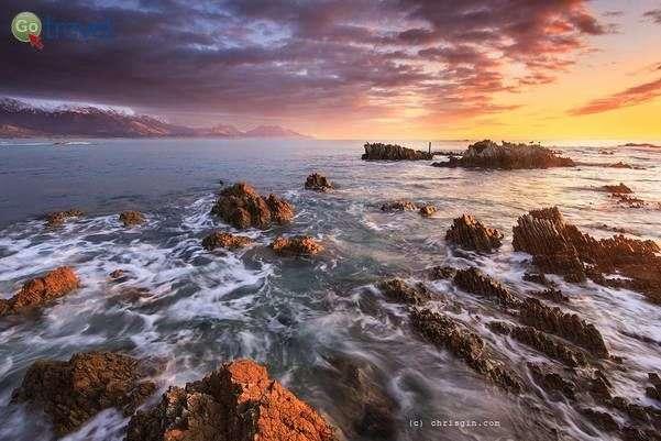 שקיעה על חופי קאיקורה  (צילום: Chris Gin)