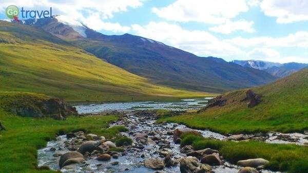 בדרך למעבר ההרים טוסור (צילום: צביקה אמדור)