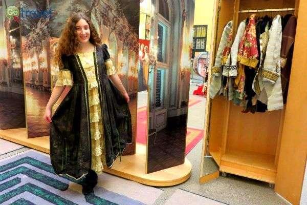 להתלבש כמו נסיכה במוזיאון הילדים (צילום: תמירה צדקיהו-חסון)