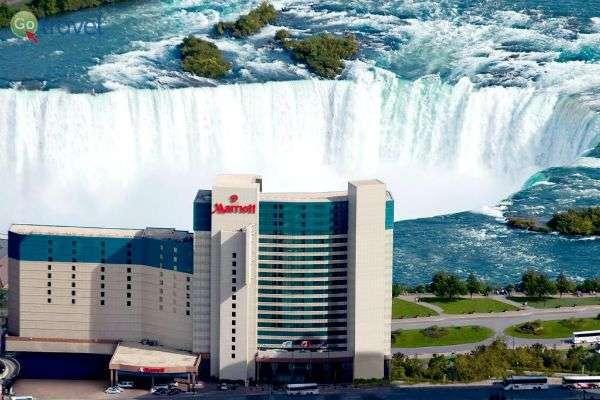נוף מטריף מחדר המלון, הנושק למים (צילום: מלון Mariot)