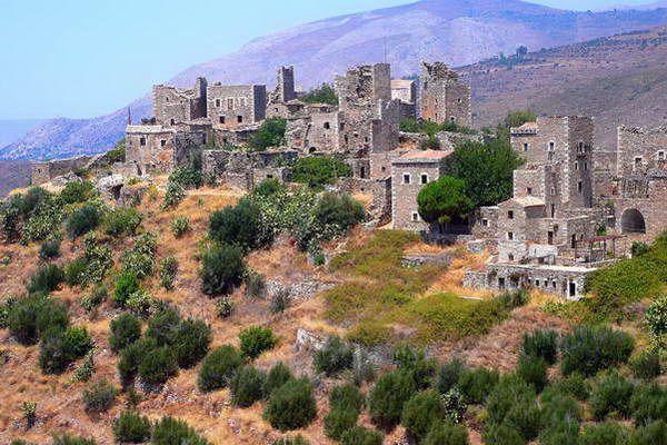כפר מגדלים אופייני לחבל מאני  (צילום: Amphithoe)