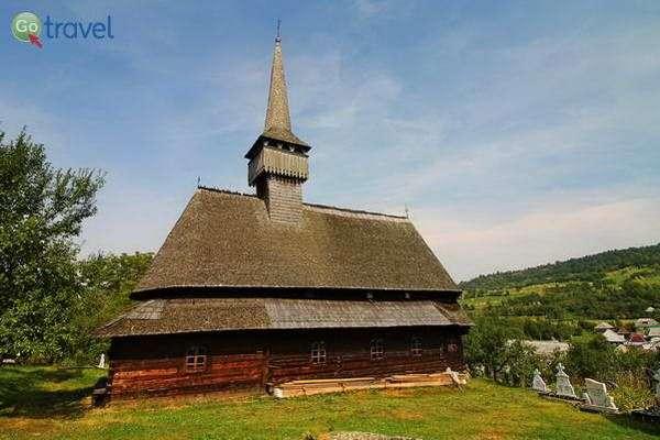 כנסיית העץ בכפר בודשט  (צילום: Nicolas Vollmer)