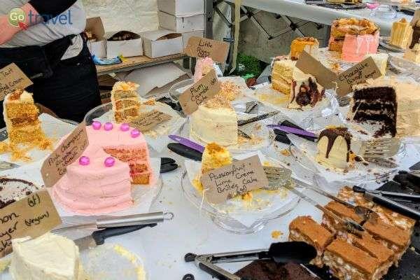 יריד עוגות, ללקק את האצבעות! (צילום: יעל גתי)