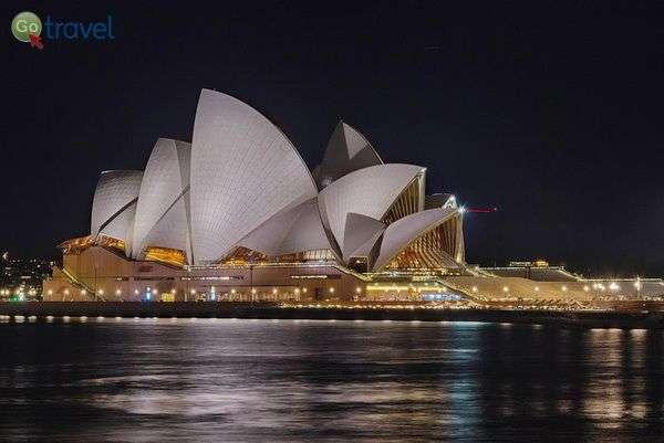 בית האופרה ללא האורות  (צילום: chripell)
