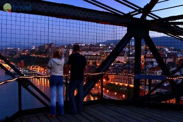 תצפית על העיר מהגשר הגדול    (צילום: Bilbao tourismo)