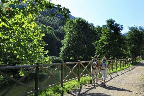 פארקים ירוקים לרכיבה    (צילום: Bilbao tourismo)