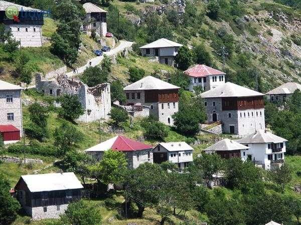 הכפר גליצניק בשמורת מברובו  (צילום: anicapetkoska)