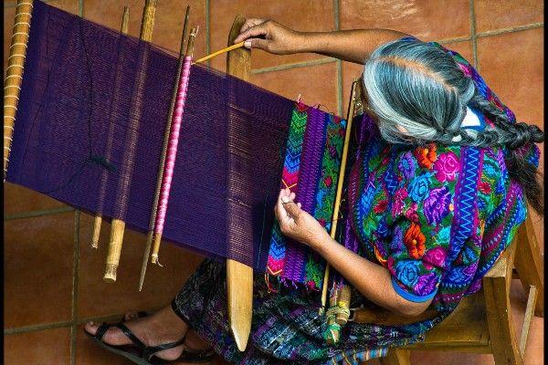 נשות המאיה הפכו להיות נושאות הלפיד של ההישרדות (צילום: Guillén Pérez)