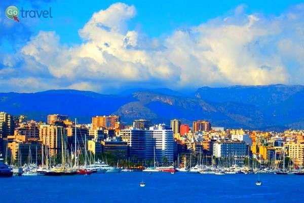 נמל העיר פלמה דה מיורקה (צילום: Kim)