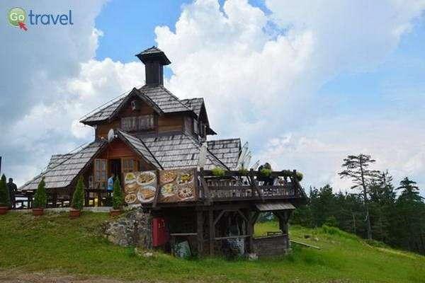 בית הקפה על הר טורניק  (צילום: כרמית וייס)
