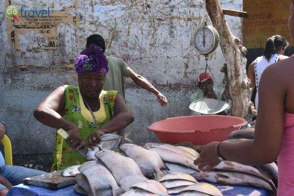 שוק הדגים של קרטחנה (צילום: רמי דברת)