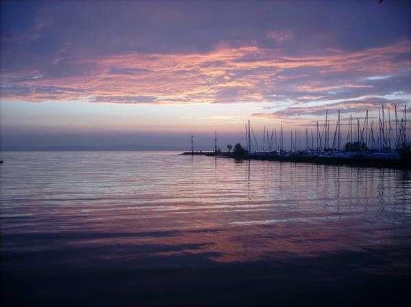 """אגם בלטון, """"הכנרת של הונגריה"""" ויעד תיירות פופולרי (צילום: bretti)"""