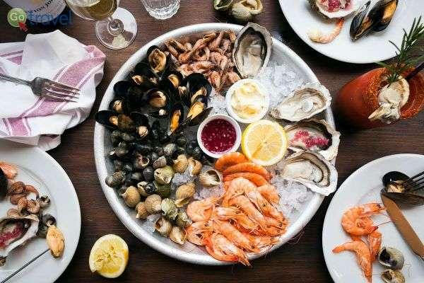 חלק מהאזור על שפת הים התיכון ומכאן מאכלי ים נפלאים(צילום: Archivo)