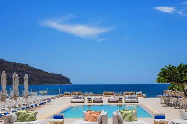 חלום לים התיכון...  (צילום: Porto Vitilo Boutique Hotel Mani)